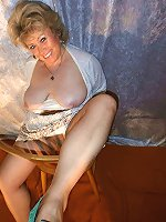 Enchanting MILFs showing their hot lines on picture