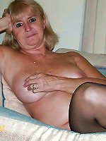 Awesome mature dame getting undressed on pictures