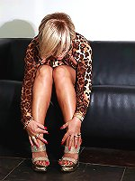 Fabulous shoes of astonishing blonde MILF